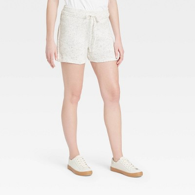 Women's Mid-Rise Lounge Shorts - Universal Thread™