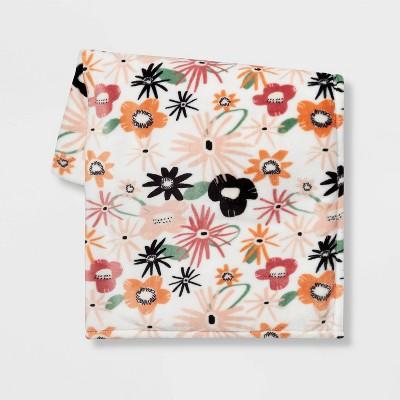 Floral Printed Plush Throw Blanket - Room Essentials™