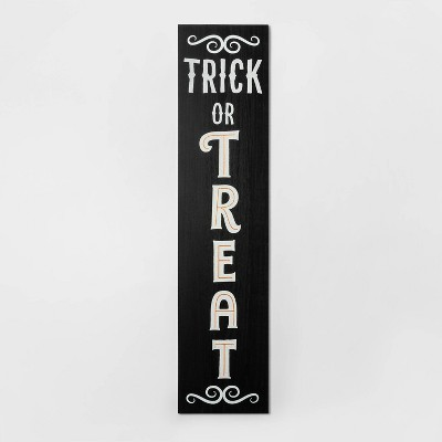 Trick-or-Treat/Give Thanks Reversible Porch Sign - Hyde and Eek! Boutique - Spritz™