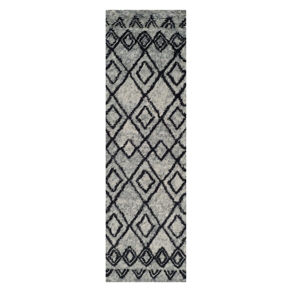 2'2X8' Geometric Runner Gray/Charcoal (Gray/Grey) - Safavieh