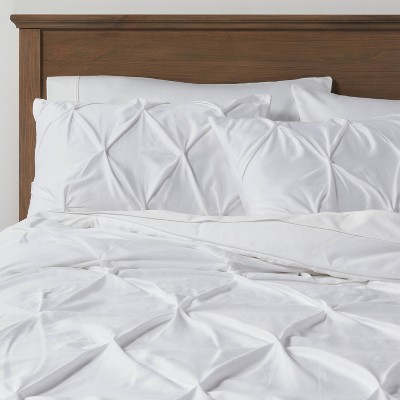 White Pinched Pleat Comforter Set (Full/Queen) 3pc - Threshold™