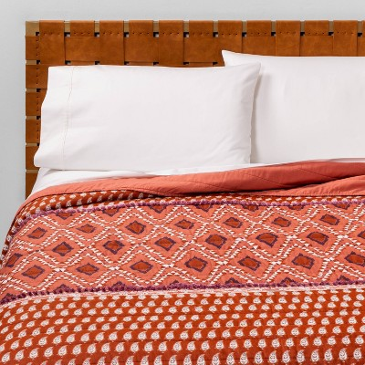Full/Queen Global Paisley Pieced Quilt Rust - Opalhouse™