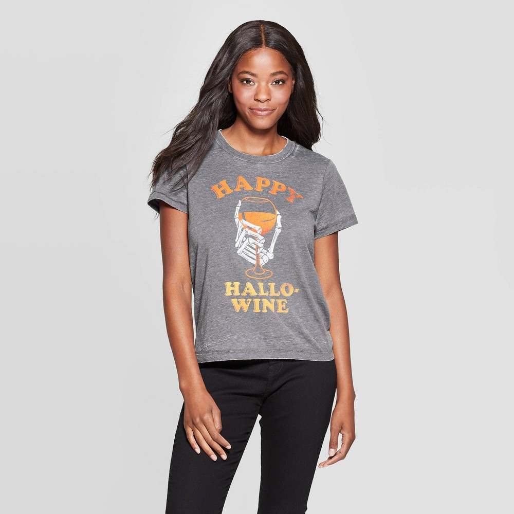 Image of petiteWomen's Hallo-Wine Short Sleeve Graphic T-Shirt - Gray S, Women's, Size: Small