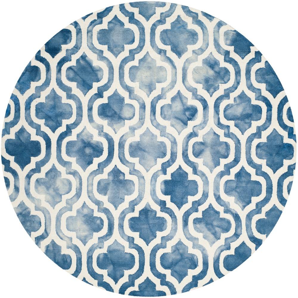 7' Quatrefoil Design Round Area Rug Blue/Ivory - Safavieh