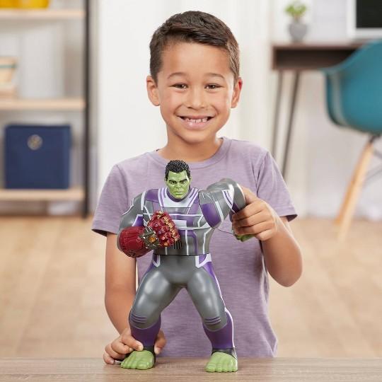 Marvel Avengers Power Punch Hulk Action Figure image number null
