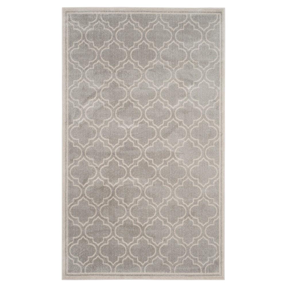 Coco 5'x8' Indoor/Outdoor Rug - Light Gray/Ivory - Safavieh