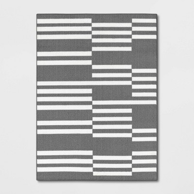 4'x6' Broken Striped Rug Gray - Room Essentials™