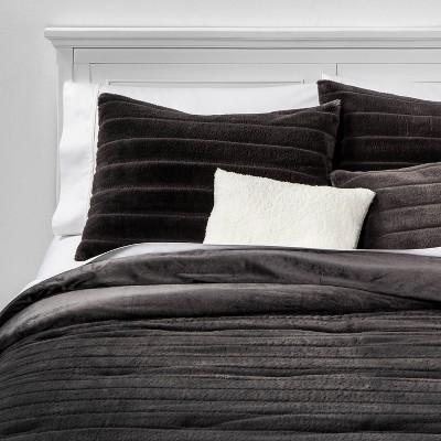 King Whistler Faux Fur 5pc Bed Set Set Gray