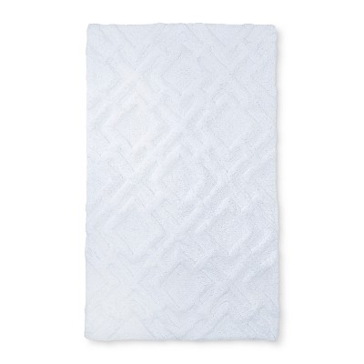 34 x20  Tufted Lattice Spa Bath Rug Bath Rug White - Fieldcrest®