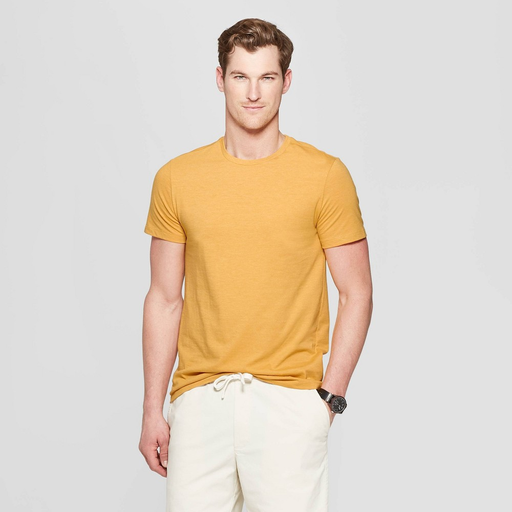 Men's Standard Fit Short Sleeve Lyndale Crew T-Shirt - Goodfellow & Co Squash L