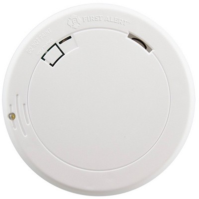 First Alert PR710E Slim Smoke Detector with Photoelectric Sensor and LED Escape Light