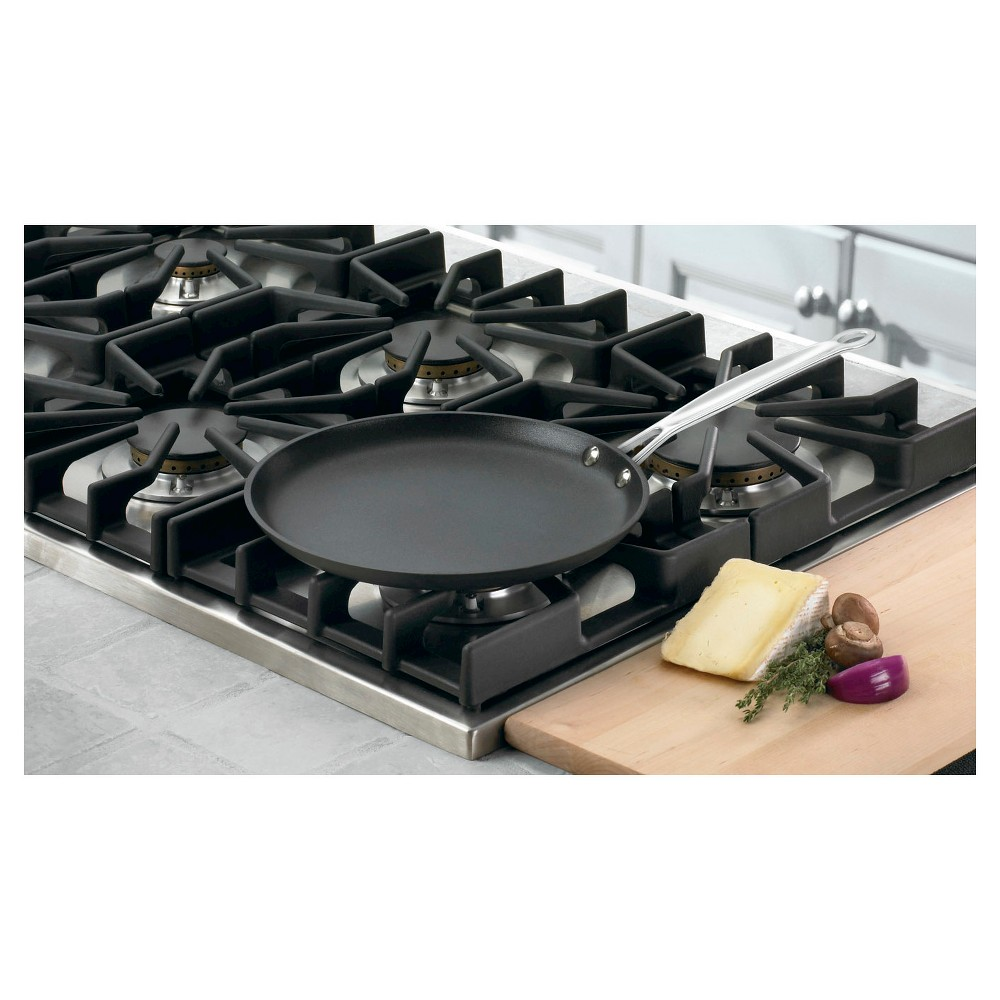 Cuisinart Chef's Classic Nonstick Hard Anodized 10inch Round Griddle/Crepe Pan - 623-24, Black