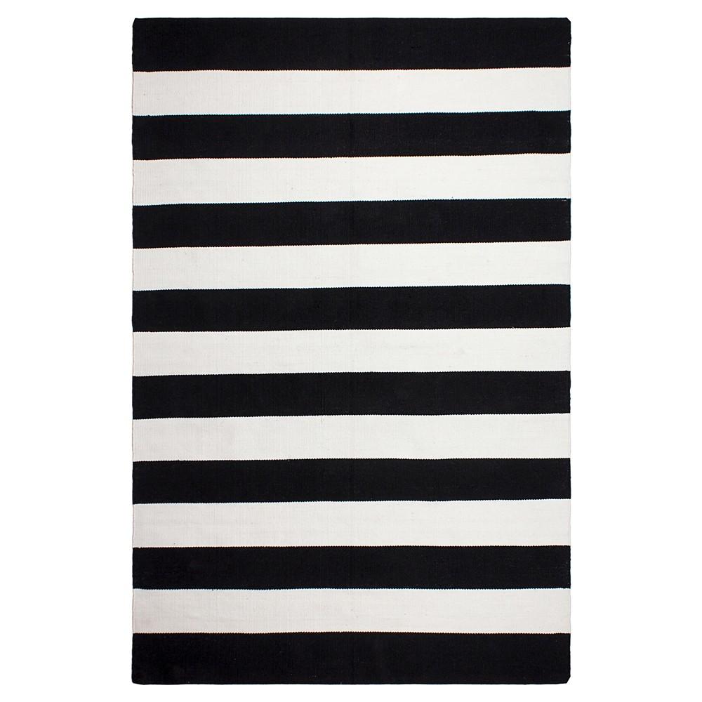 Image of Nantucket Patio Rug Black And White 8' x 10' - Fab Habitat, Size: 8'X10', White Black