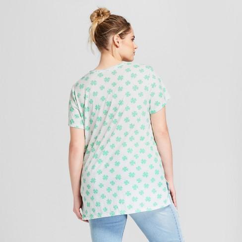 ed42500913f9e Women s Plus Size St. Patrick s Day Short Sleeve V-Neck Graphic T-Shirt - Grayson  Threads (Juniors ) - White 1X   Target