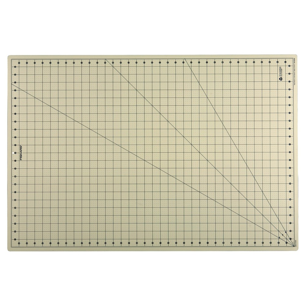 "Image of ""Fiskars 24"""" x 36"""" Eco Cutting Mat"""