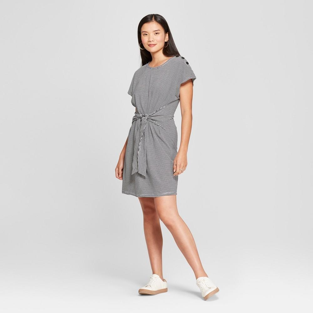 Image of Women's Striped Print Tie Front Dress - Loramendi - Navy/White M, Women's, Size: Medium, Blue