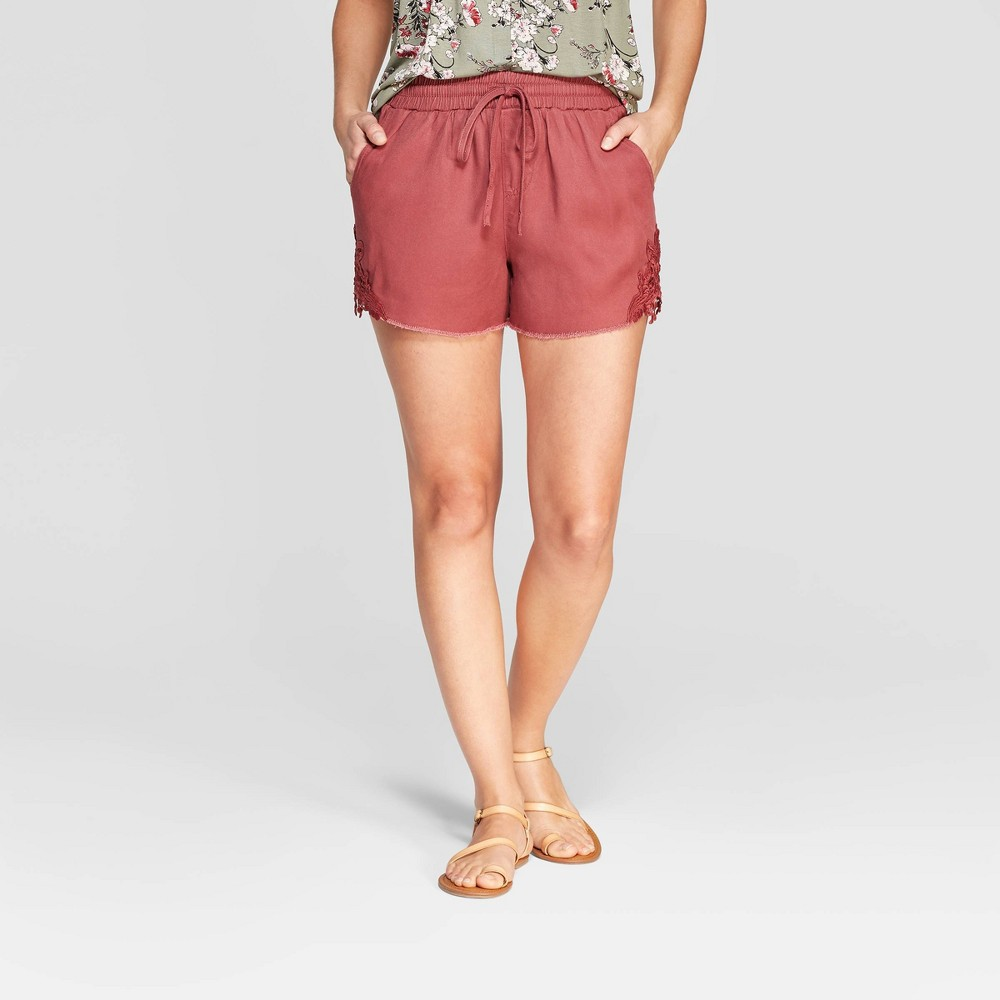 Women's Embroidered Mid-Rise Shorts - Knox Rose Burgundy (Red) L
