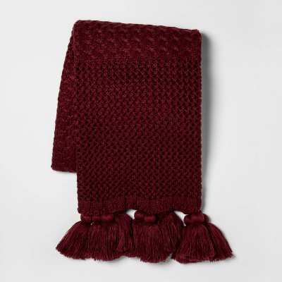Chunky Knit with Tassels Throw Blanket Berry - Opalhouse™