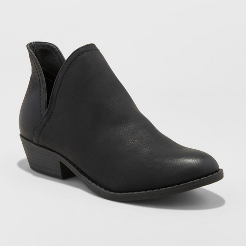 Women's Nora V-Cut Ankle Booties - Universal Thread™ - image 1 of 4