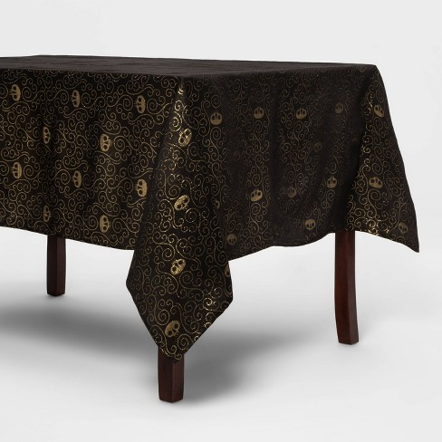 "84""x60"" Metallic Gold Halloween Tablecover (with Skulls) - Hyde & EEK! Boutique™ - image 1 of 3"