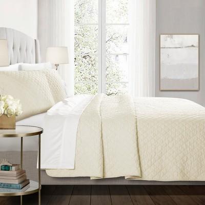 3pc Full/Queen Ava Diamond Oversized Cotton Quilt Set Ivory - Lush Decor
