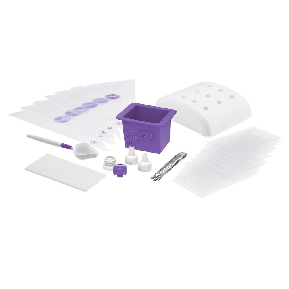 Wilton Candy Melts 49 Piece Dip-N-Decorate Essentials Set