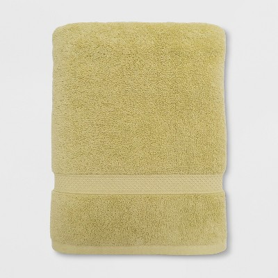 Soft Solid Bath Towel Green - Opalhouse™