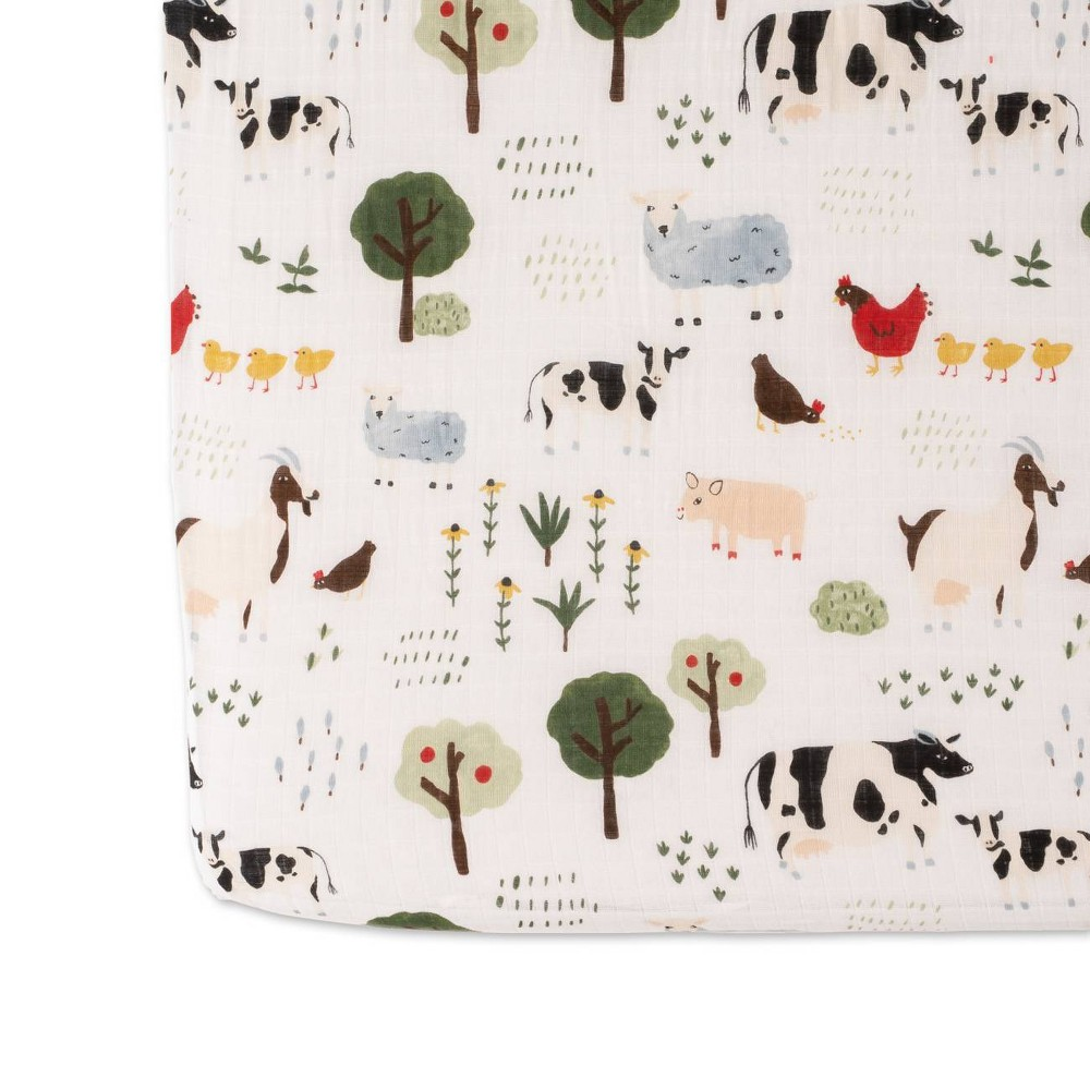 Image of Red Rover Cotton Muslin Crib Sheets - Family Farm