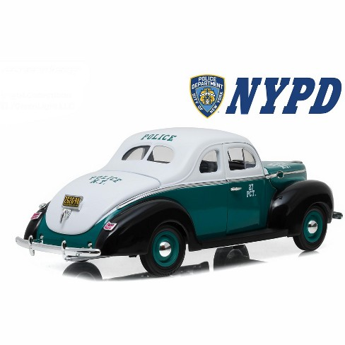 1940 Ford Deluxe Coupe New York City Police Department (NYPD) 1/18 Diecast  Model Car by Greenlight