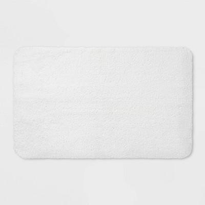 37 x23  Performance Nylon Bath Rug White - Threshold™