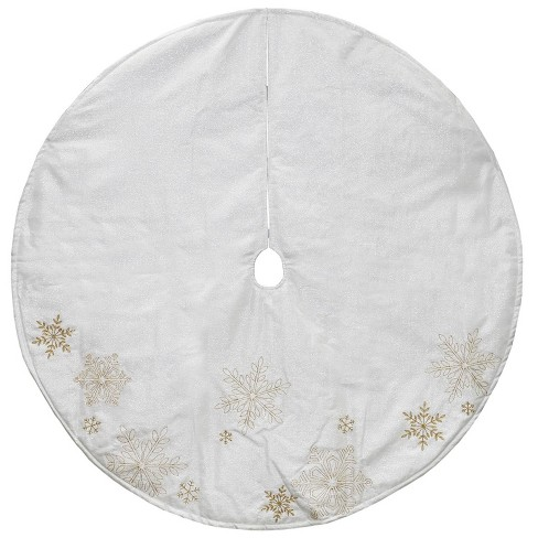 Northlight 48 White And Gold Tree Skirt With Yarn Snowflakes And Gold Embroidery
