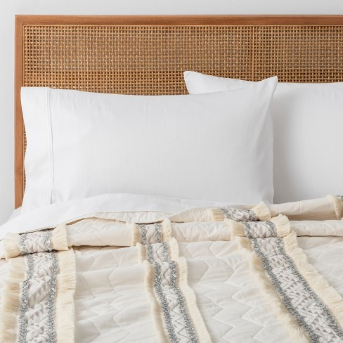 White Moroccan Wedding Quilt (Twin/Twin XL) - Opalhouse™