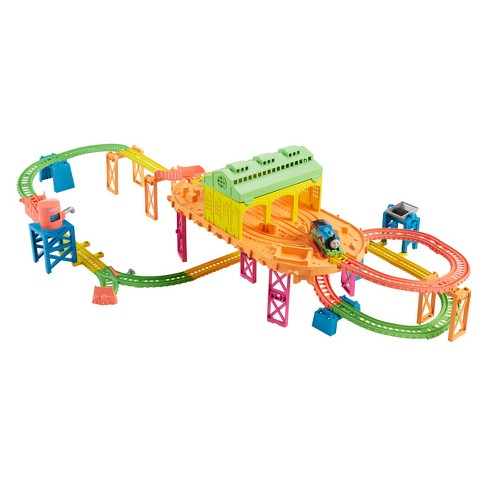 Fisher-Price Thomas & Friends TrackMaster Hyper Glow Station - image 1 of 10