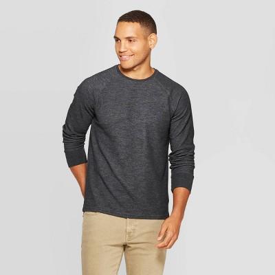 Men's Standard Fit Long Sleeve Textured Crew Neck T-Shirt - Goodfellow & Co™ Thundering Gray L