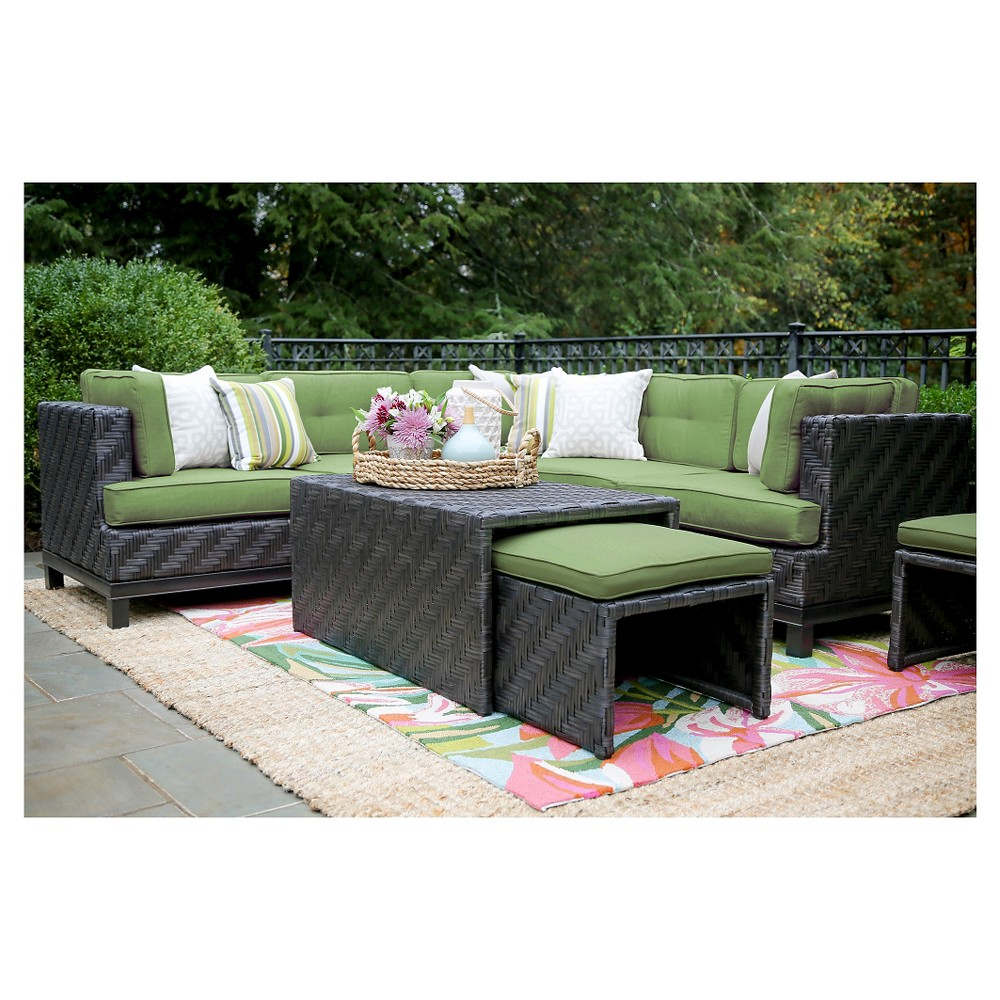 Rachel 8-Piece Sectional with Sunbrella Fabric Spectrum - Cilantro