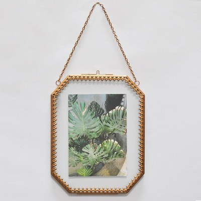 Ornate Detail Frame Brass - Opalhouse™