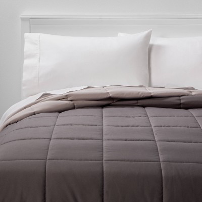 Full/Queen Reversible Microfiber Solid Comforter Dark Gray/Light Gray - Room Essentials™