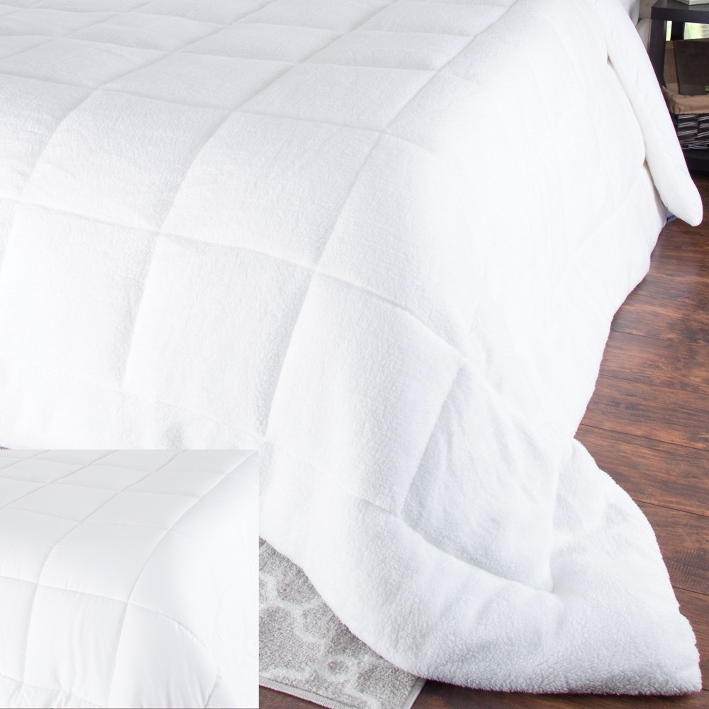 Image of Oversized Reversible Down Alt Comforter With Sherpa (King) White - Yorkshire Home