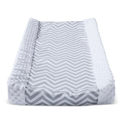 Wipeable Changing Pad Cover with Plush Sides Chevron - Cloud Island™ White/Gray