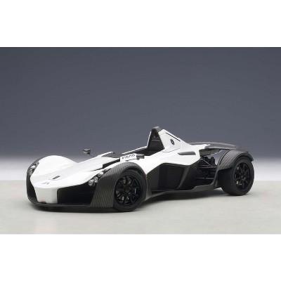 BAC Mono Metallic White 1/18 Model Car by Autoart