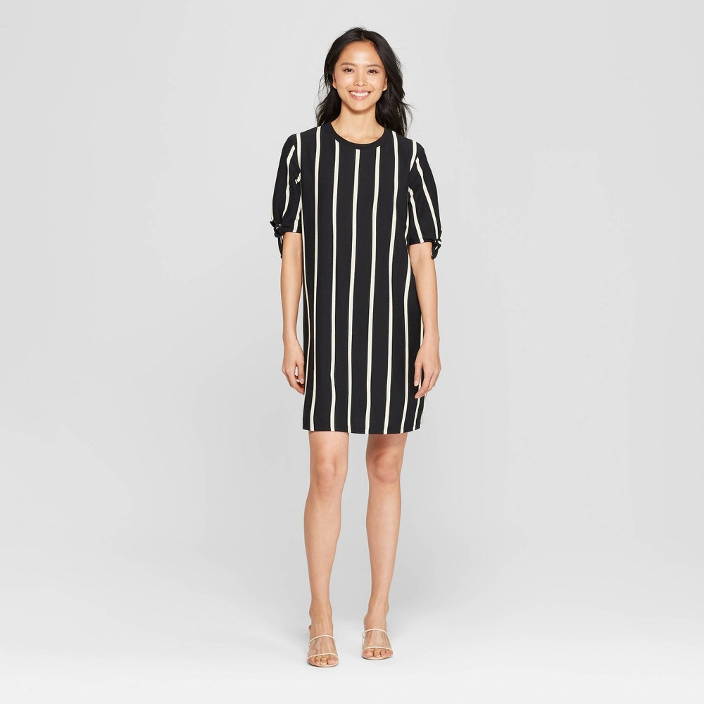 Women's Striped Short Knotted Sleeve Crewneck T-Shirt Dress - Who What Wear Black/White Xxl