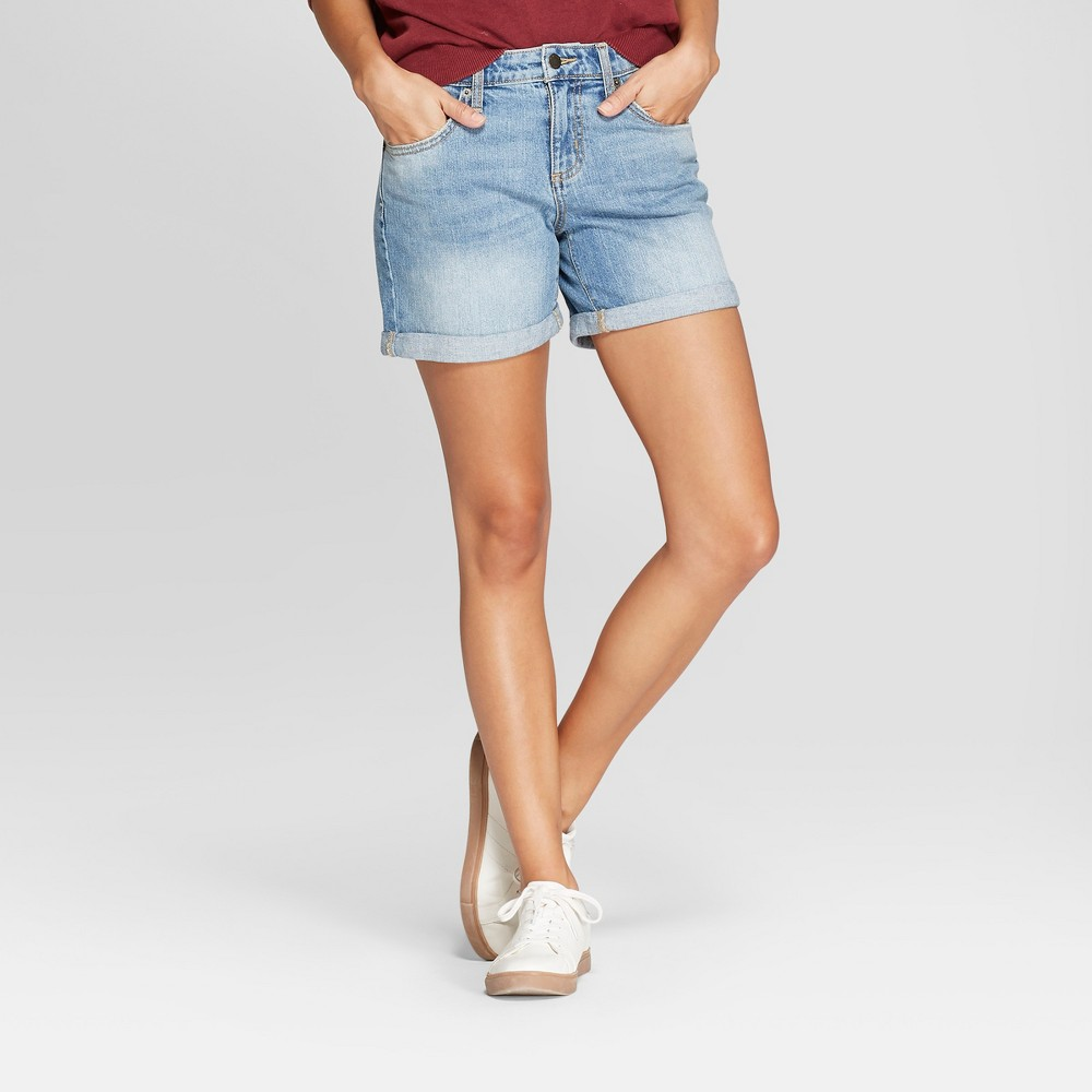 Women's Mid-Rise Boyfriend Jean Shorts - Universal Thread Medium Wash 18, Blue