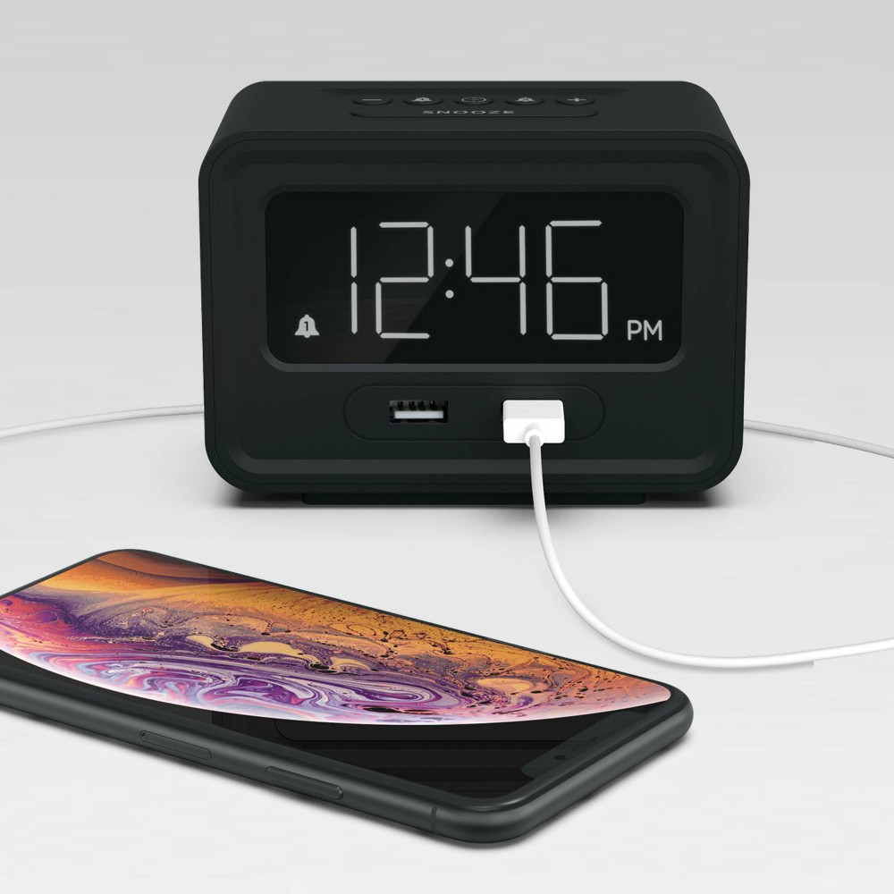 Image of Clock with Double USB Charger Black - Capello