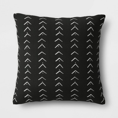 Oversize Vee Stripe Outdoor Throw Pillow DuraSeason Fabric™ Black - Opalhouse™