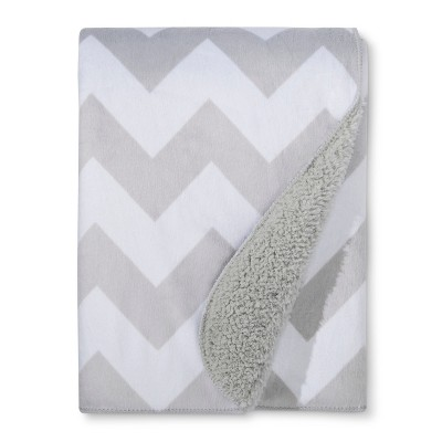 Plush Velboa Baby Blanket Chevron - Cloud Island™ Gray