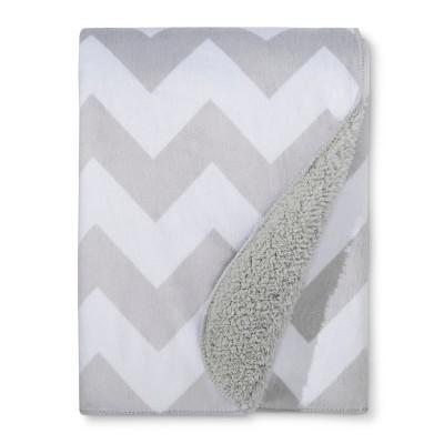 Plush Velboa Baby Blanket Chevron - Cloud Island™ - Gray