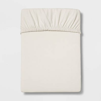 Queen 300 Thread Count Ultra Soft Fitted Sheet Ivory - Threshold™