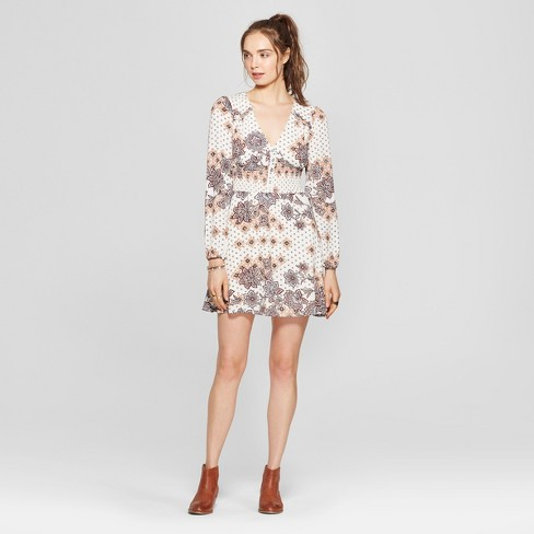 dc71ef63e09c Women s Floral Print Smocked Waist Dress - 3Hearts (Juniors ) Ivory