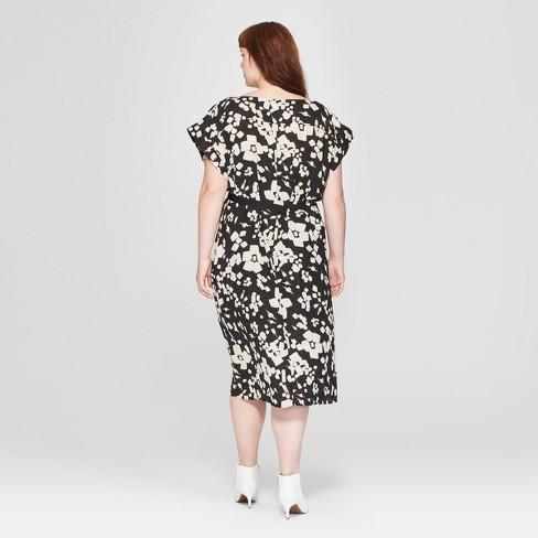 Women\'s Plus Size Floral Print Short Sleeve Pleated Wrap Dress - Prologue™  Black/White