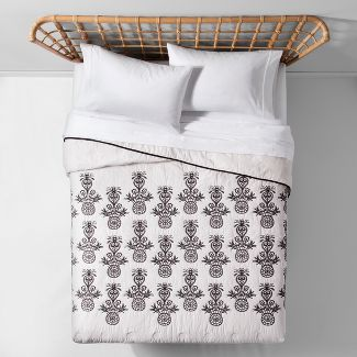 Black Mallorca Embroidered Ornament Quilt (Twin/Twin XL) - Opalhouse™